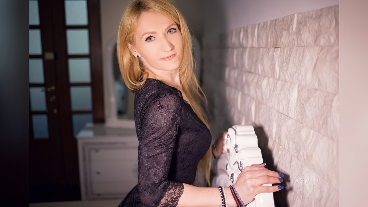 Free Live Sex Cams With Mariahmayden - Chat Live Sex Cam -1338